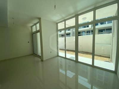 3 Bedroom Villa for Sale in DAMAC Hills 2 (Akoya Oxygen), Dubai - Newly Hand Over | 3 Bedroom Villa | Middle Unit