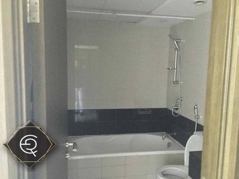 17 2 Bed room  with Burj khalifa  for rent