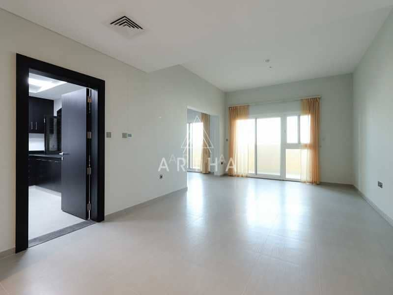 Spacious Apartment with maid and store room |1 month Free