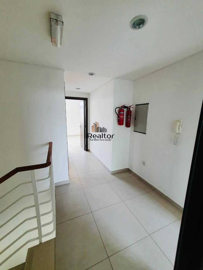 2 Spacious 2+1 townhouse for just 1.2M in Cozy Area