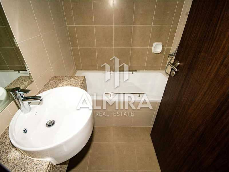 10 High Floor with Balcony l Sea View l Great Price
