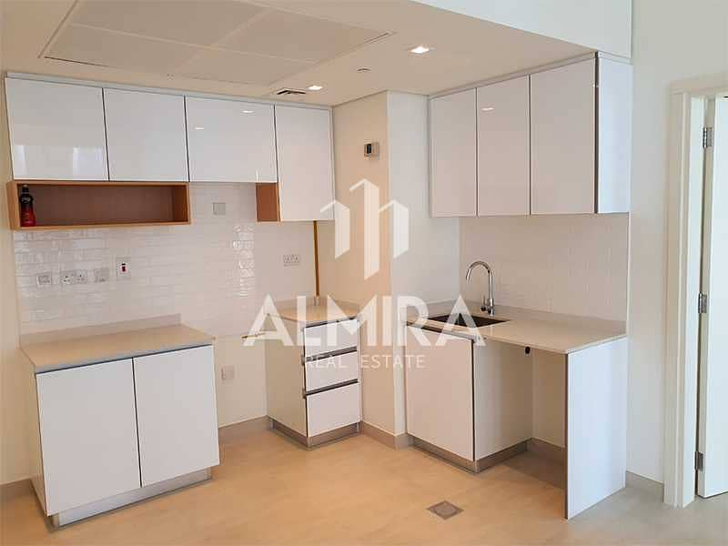 2 Vacant on August 1st - High floor 2BR w/ laundry