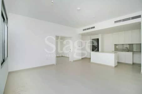 فیلا 4 غرف نوم للبيع في تاون سكوير، دبي - Upgraded I Well maintained I Vacant on transfer I Big plot