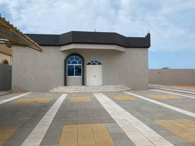 فیلا 3 غرف نوم للايجار في الرفاع، رأس الخيمة - فیلا في الرفاع 3 غرف 60000 درهم - 5259451