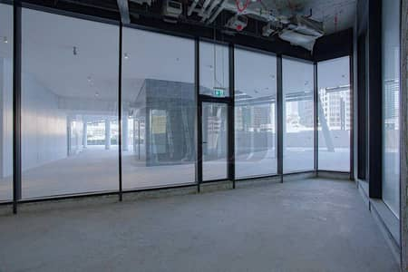 Shop for Rent in Business Bay, Dubai - Upscale Retail Space | Strategic Business Location