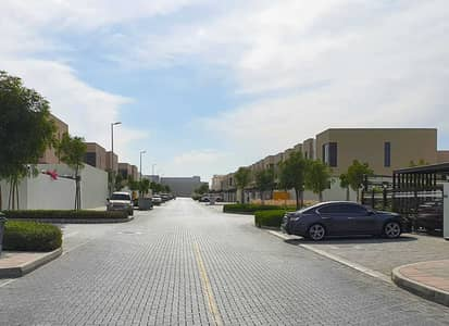 3 Bedroom Villa for Sale in Al Suyoh, Sharjah - ready villa 3 bedroom in Sharjah with maid room \  without service charge all lifetime \ last unit \ hurry up