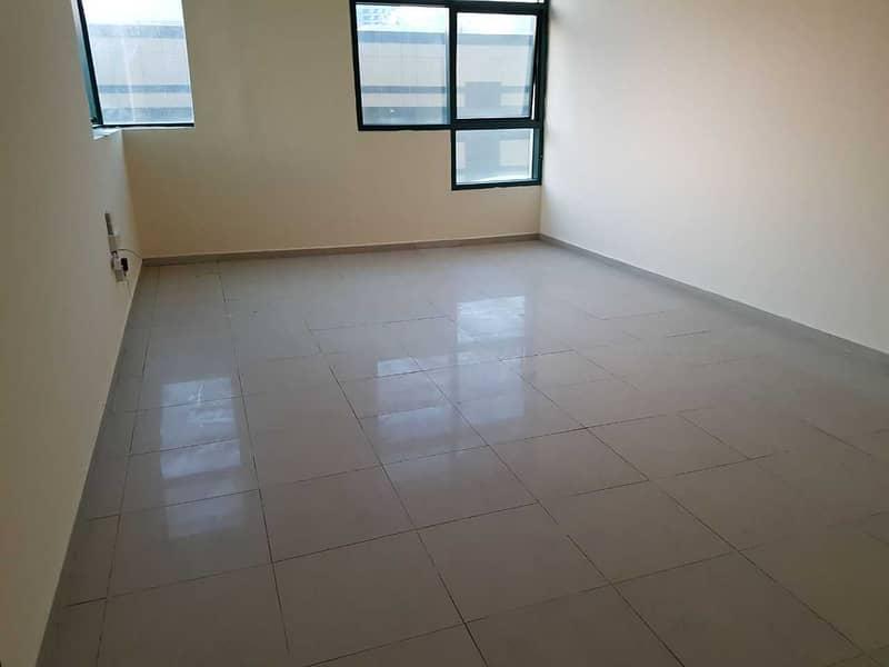 شقة في أبراج الراشدية الراشدية 2 غرف 27000 درهم - 4483443