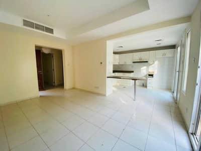 فیلا 2 غرفة نوم للايجار في الينابيع، دبي - Close to Amenities | Maintained| 4M