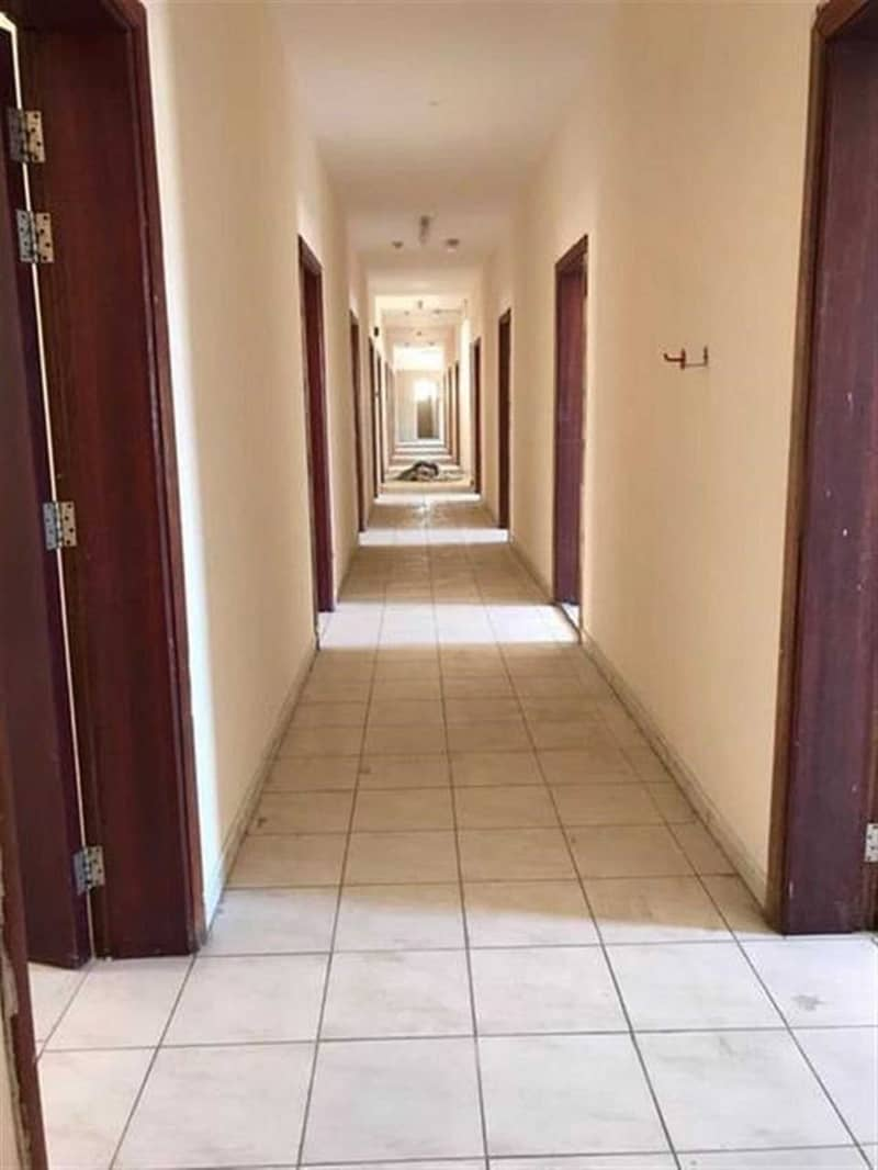 50 Rooms @ 1300 per montn including Water and electricity