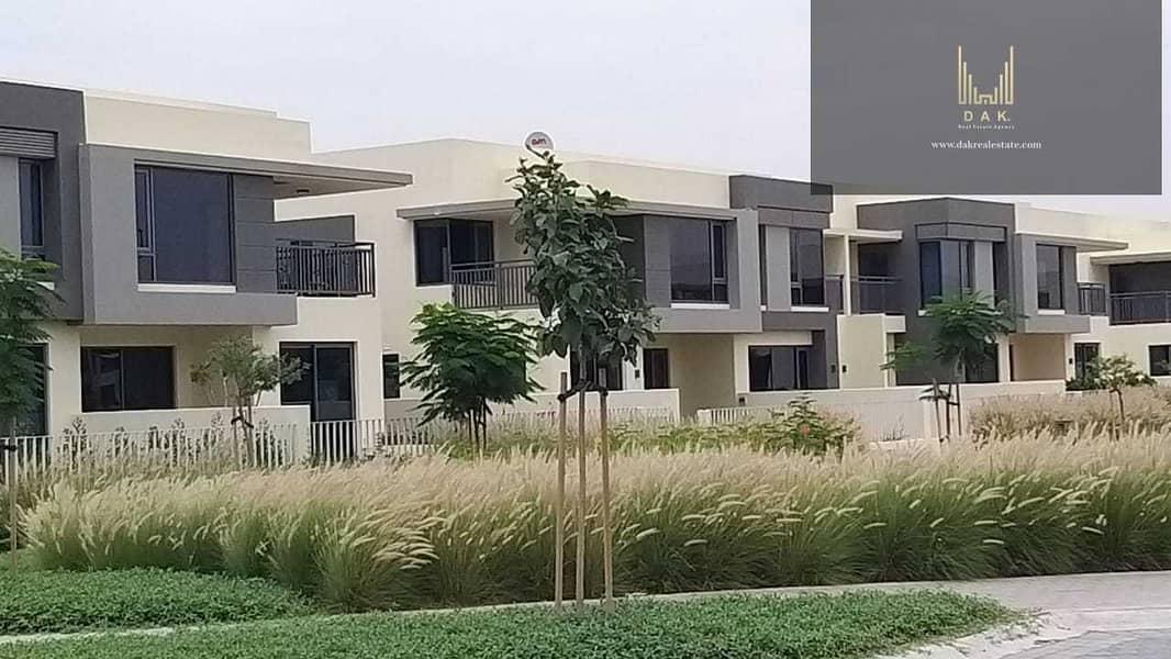 8 Luxurious Villa   Rented   Type 2M