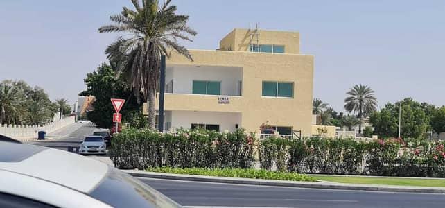 3 Bedroom Villa for Rent in Al Fisht, Sharjah - ***  CALM- SEA VIEW VILLA - 3BHK Duplex Villa available in Al Fisht area in Low Rents ***