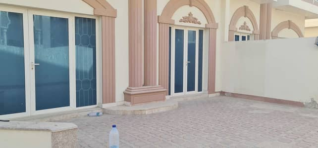 5 Bedroom Villa for Rent in Al Rifah, Sharjah - ***  Snippet Sea View - 5BHK Lovely Villa available in Al Rifaah area Near Sea ***