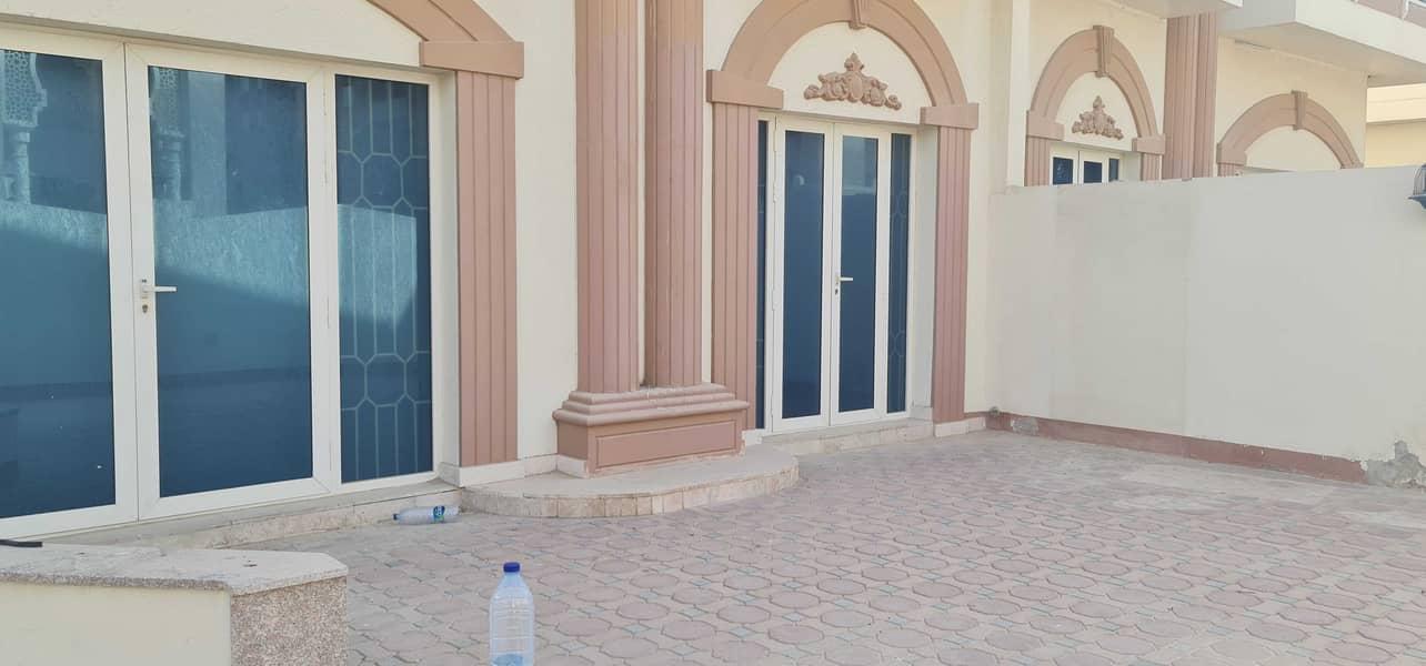 *** Partial Sea View - 5BHK Lovely Villa Available in Al Riffah area Near Sea ***