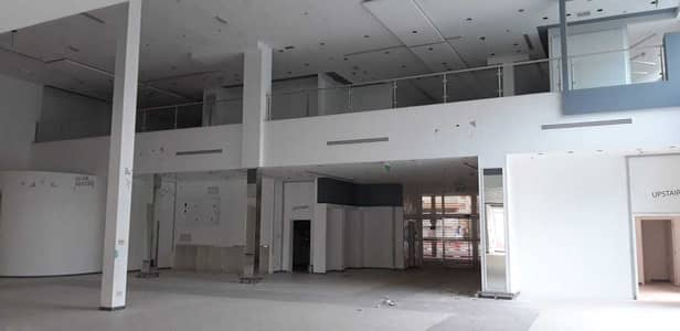 Showroom for Rent in Al Qasimia, Sharjah - 21,000 Sq ft Showroom Space with Mezzanine Available in Al Qasimiya, Sharjah