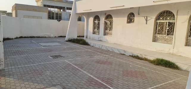 5 Bedroom Villa for Rent in Al Jazzat, Sharjah - ***  CLASSY OFFER- Huge 5BHK Single Storey villa available in Jazzat Area  ***