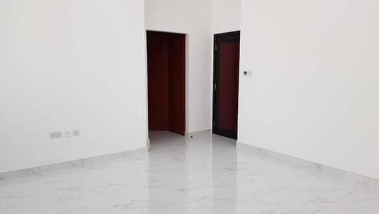 فیلا 5 غرف نوم للبيع في العزرة، الشارقة - فیلا في العزرة 5 غرف 2600000 درهم - 4819693