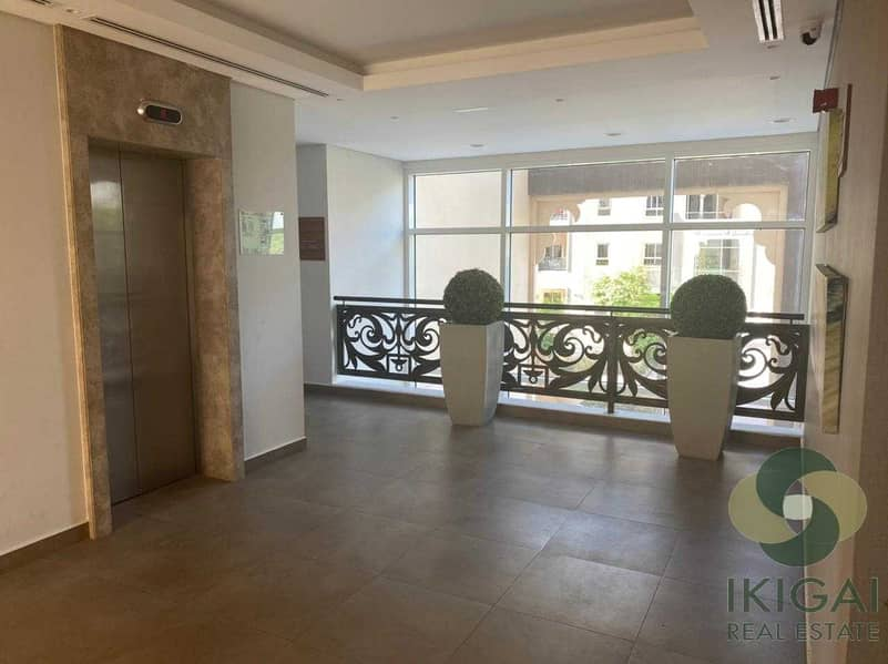 Excellent Deal Open Kitchen with Large Terrace