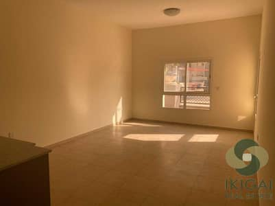 1 Bedroom Flat for Sale in Remraam, Dubai - Excellent Deal Open Kitchen with Large Terrace