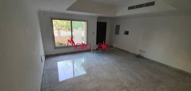 فیلا 2 غرفة نوم للبيع في قرية جميرا الدائرية، دبي - Upgraded   2BR +Maid   Investor Deal