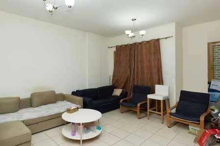 فلیٹ 1 غرفة نوم للايجار في المدينة العالمية، دبي - Huge 1 Bedroom   Ground Floor   Negotiable