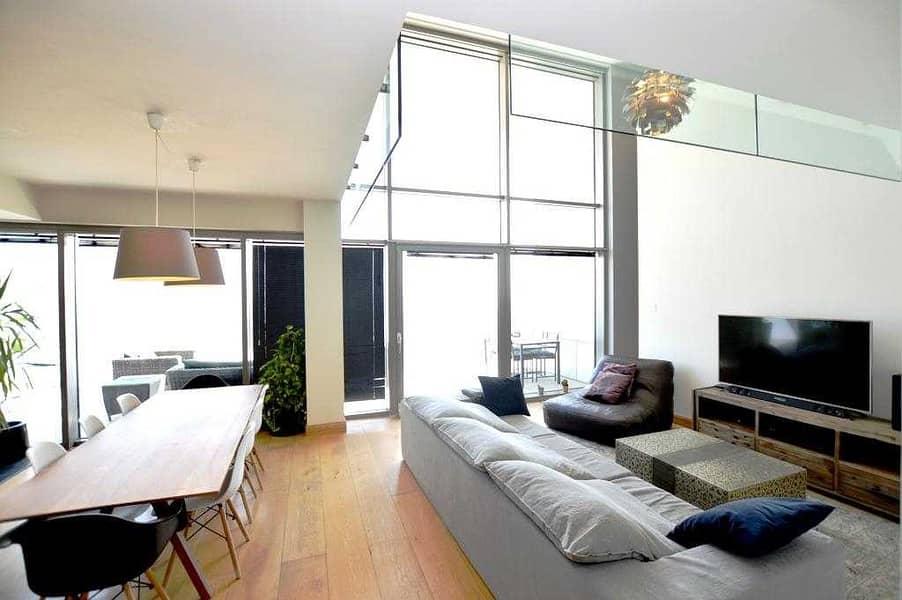 2 Huge Loft/Duplex/UPGRADED