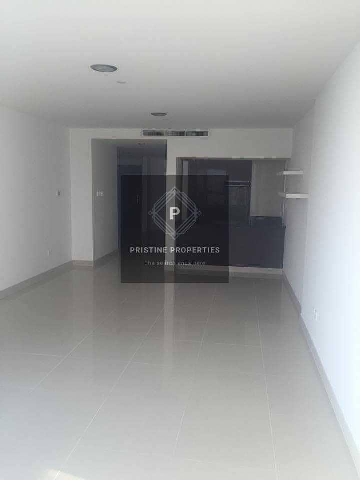 2 Spacious Apartment| Sky Pod| Best Facilities