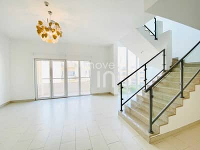 شقة 2 غرفة نوم للبيع في قرية جميرا الدائرية، دبي - Stunning Duplex + 2 Balconies + 2 Parking + Storage