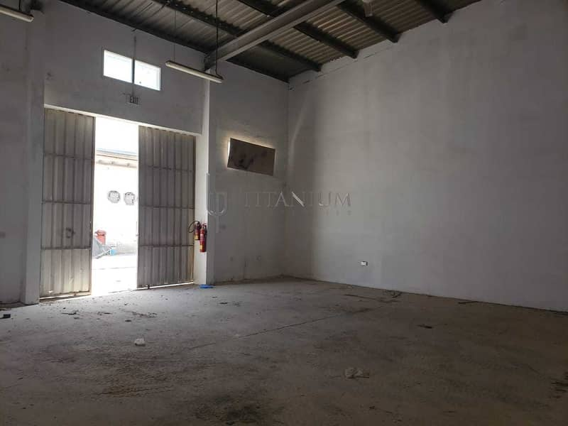 2 800 Sq Ft Warehouse. AED 34