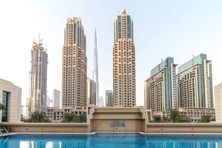 2 Bedroom Flat for Rent in Downtown Dubai, Dubai - Luxurious Two-Bedroom with Fountain View