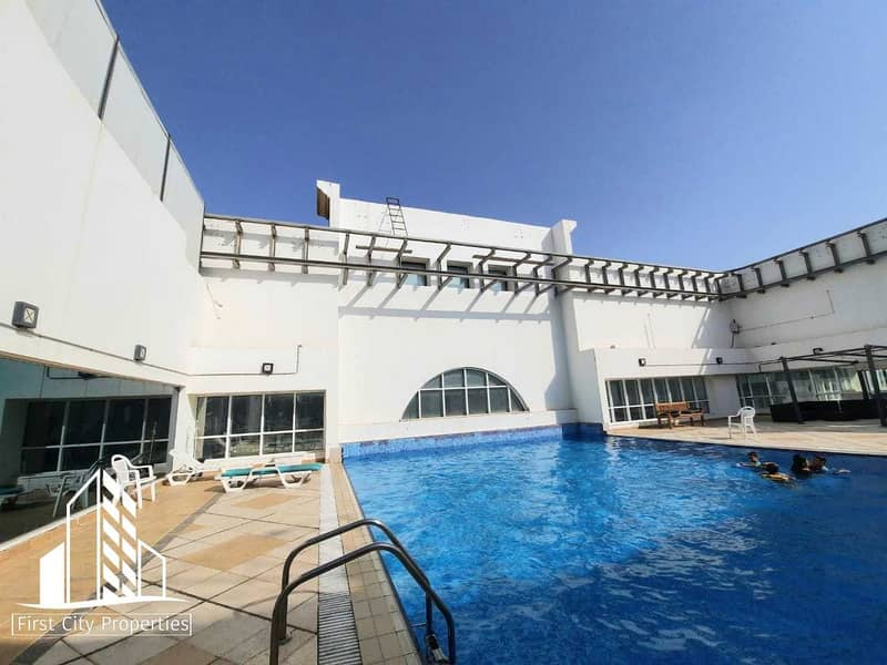 Spacious Apartment with Pool Access    No Commission