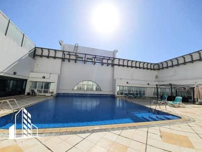 شقة 1 غرفة نوم للايجار في الحصن، أبوظبي - شقة في برج الرماح الحصن 1 غرف 55000 درهم - 4980340
