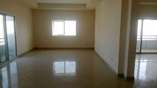 شقة 4 غرف نوم للايجار في المجاز، الشارقة - شقة في برج الفراسة المجاز 1 المجاز 4 غرف 110000 درهم - 5107516