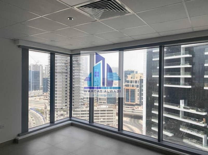 HUGE OFFICE | BEST LOCATION | BUSINESS BAY