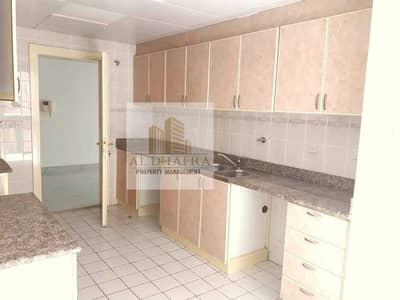 شقة 4 غرف نوم للايجار في شارع السلام، أبوظبي - HOT! Large Apt I Free Parking I Near Corniche Beach