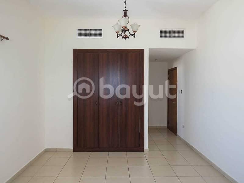 صالة 3 غرف نوم للبيع في ابراج عجمان ون.