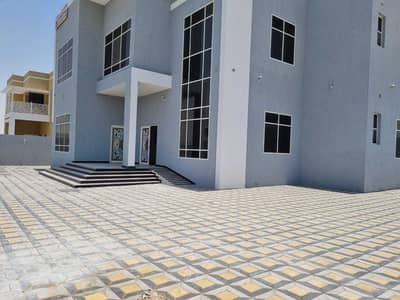 5 Bedroom Villa for Sale in Hoshi, Sharjah - Brand New 5 Bedroom Villa For Sale in 3M in Al Hoshi Area with Big separate Majlis 1000 sqft