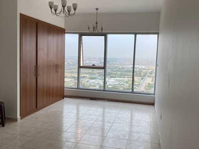 استوديو  للايجار في مجمع دبي ريزيدنس، دبي - Studio Apartment Available in Skycourts