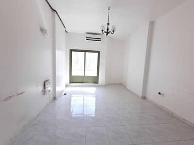 Studio for Rent in Al Majaz, Sharjah - Huge Studio || With Balcony _ 6 payments + Majaz 2