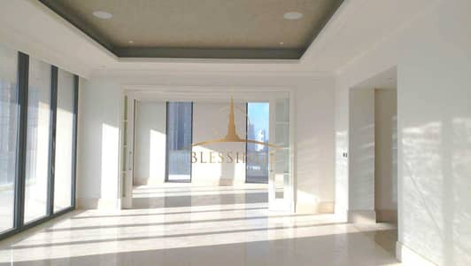 4 Bedroom Penthouse for Sale in Downtown Dubai, Dubai - Elegant 4BR Penthouse with Breathtaking Views