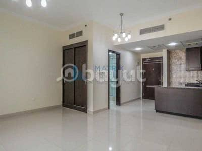 استوديو  للايجار في أرجان، دبي - Huge  unfurnished studio for rent in Burj View
