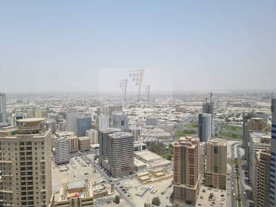 2 Bedroom Apartment for Sale in Al Khan, Sharjah - Wide area attractive view with free GYM