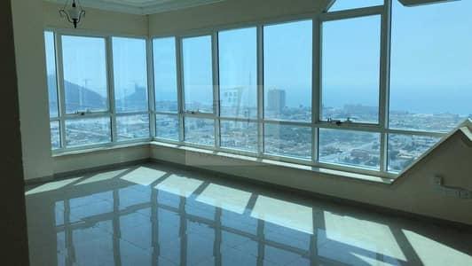 شقة 3 غرف نوم للبيع في المجاز، الشارقة - Own your wide luxury apartment at Al Mohanad tower