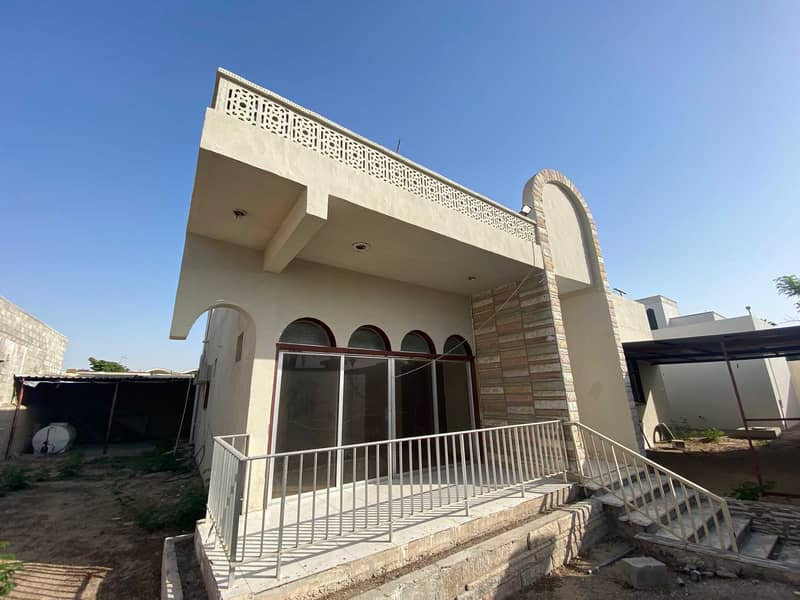 Six-rooms villa, two kitchens, and two entrances in Al-Jazzat