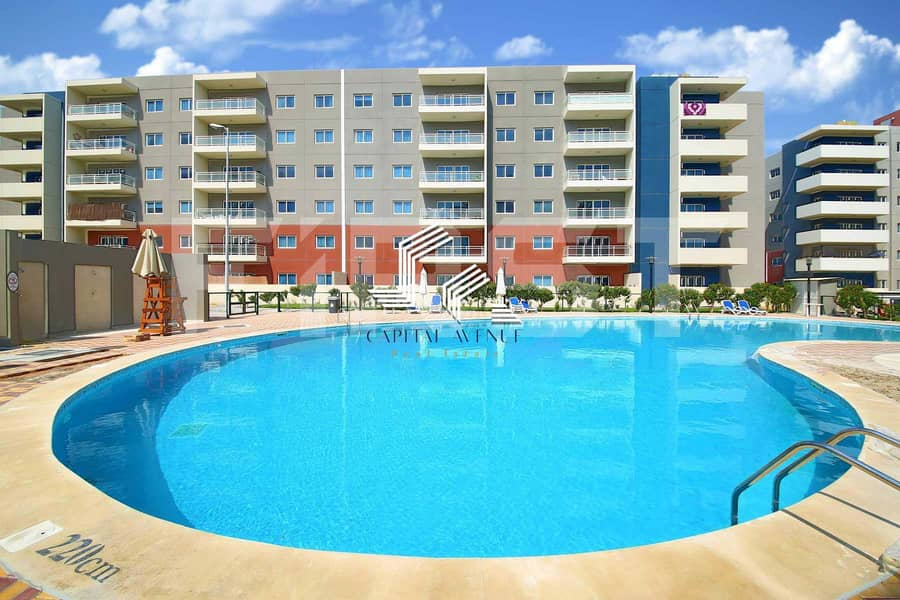 HOT DEAL !!! Vacant  | 3Beds+Maid
