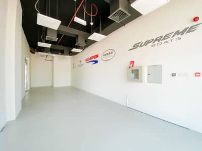Shop for Rent in Umm Al Sheif, Dubai - NO COMMISSION! Shops on Sheikh Zayed Road Direct from the Landlord
