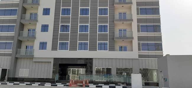 مبنى سكني  للايجار في دبي الجنوب، دبي - Full Building for Rent for Staff