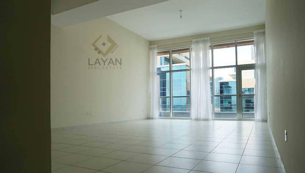 High floor / Storage / Balcony / Monthly Contract