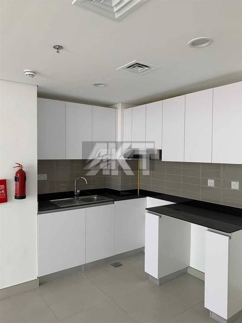 2 27K / Luxury 1 Br / / Full COMMUNITY View / High Floor / READY TO Dubai SouthMOVE IN