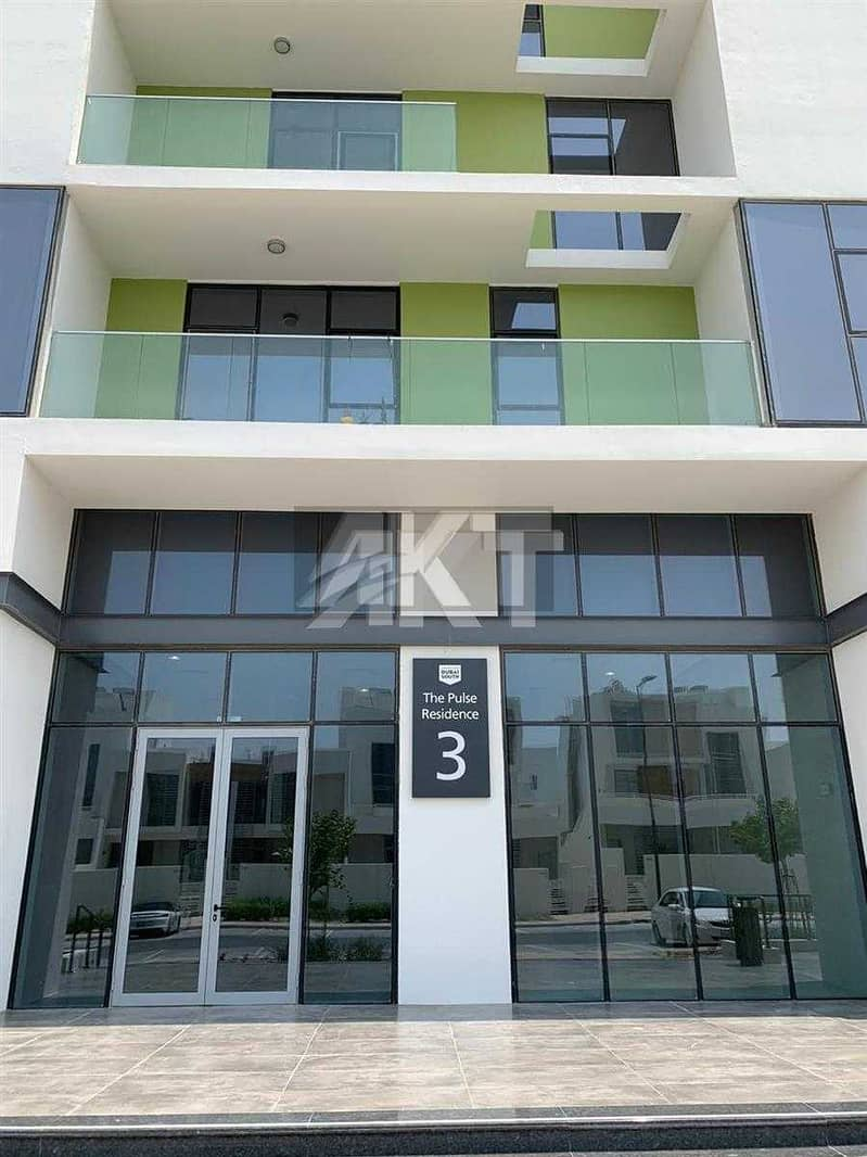 10 27K / Luxury 1 Br / / Full COMMUNITY View / High Floor / READY TO Dubai SouthMOVE IN