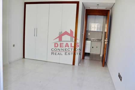 1 Bedroom Apartment for Rent in Jumeirah Village Circle (JVC), Dubai - READY 1 BEDROOM APARTMENT WITH BALCONY   COMMUNITY VIEW